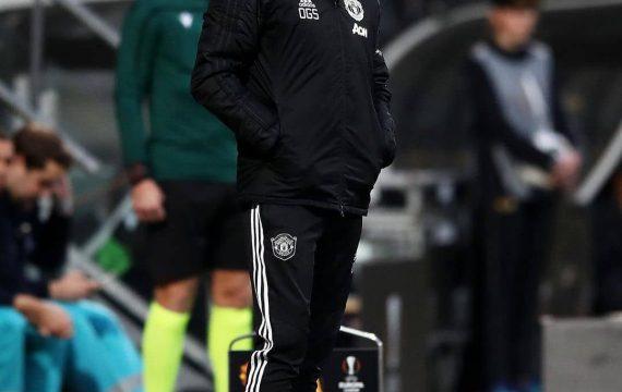 Манчестър Юнайтед се подсилва в защита с бразилец