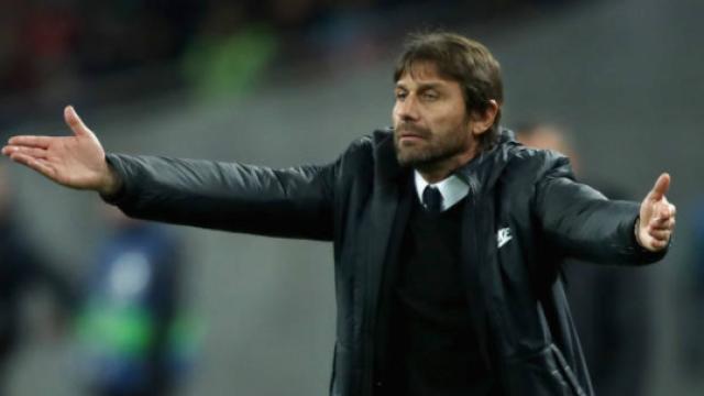 Челси хвърля луди пари по уволнени треньори