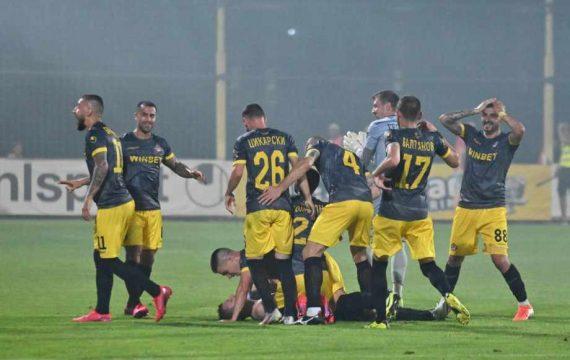 Ботев Пловдив закърпи състава си с момчета от школата