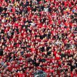 Пускат фенове по стадионите. Разрешават провеждането на групови занятия в образователни и езикови центрове