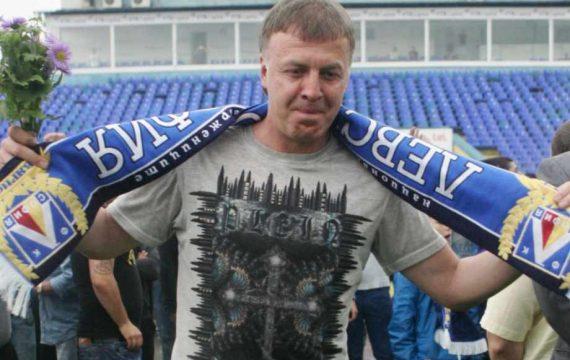 Договаря ли Наско Сираков собствеността на Левски с приближен на Борисов и Пеевски?