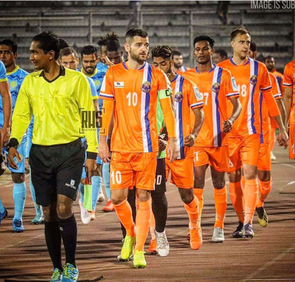 Първо в KOTASPORT: Футболист №1 на Созопол се прибира от Бангладеш!