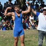 БРАВО! Млад бургаски борец спасил от удавяне момче, скочило от Моста