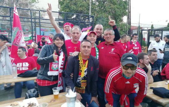 Футбол в Англия с фенове- няма да е скоро!