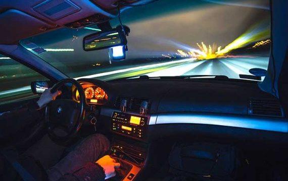 Хванаха Гришо и Медведев да шофират с превишена скорост