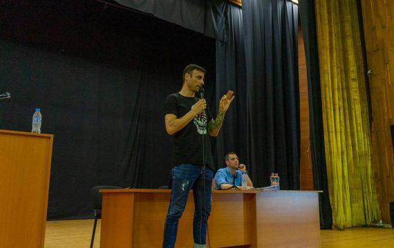 Бербатов: Понякога всичко, от което се нуждаете, е топка и стена (ВИДЕО)   KotaSport